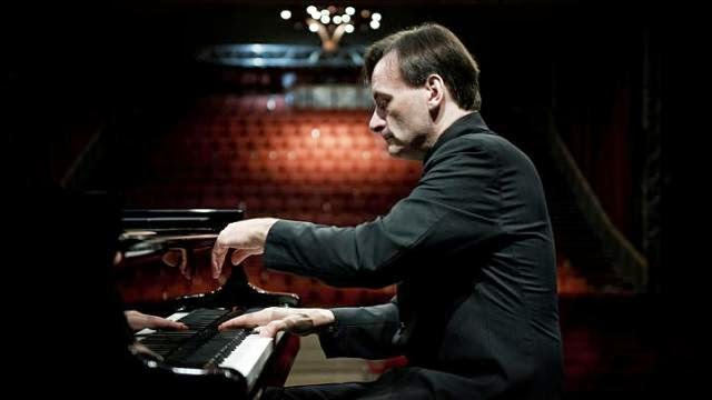 VCH Chamber Series: Stephen Hough in Recital – a review